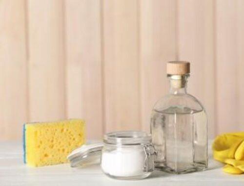 DIY Cleaners Using Vinegar & Baking Soda